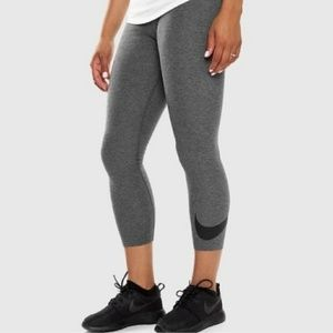Nike cropped women's leggings gray